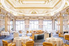 Restaurant Louis XV impressions and views